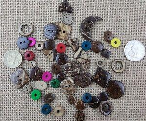 Rechercher Des Vols 50 Mixte Design/taille Poli, Qualité De Noix De Coco Boutons Craft Couture Scrapbooking-afficher Le Titre D'origine Beau Travail