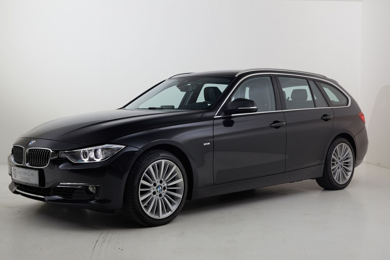 BMW 325d 2,0 Touring aut. 5d