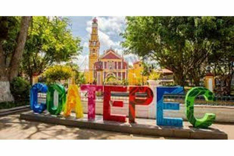 Grande Terreno en venta con uso de suelo mixto en Coatepec Veracruz