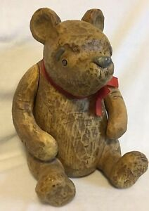 Disney-Classic-Winnie-The-Pooh-Carved-Wood-Look-Figure-by-Charpente