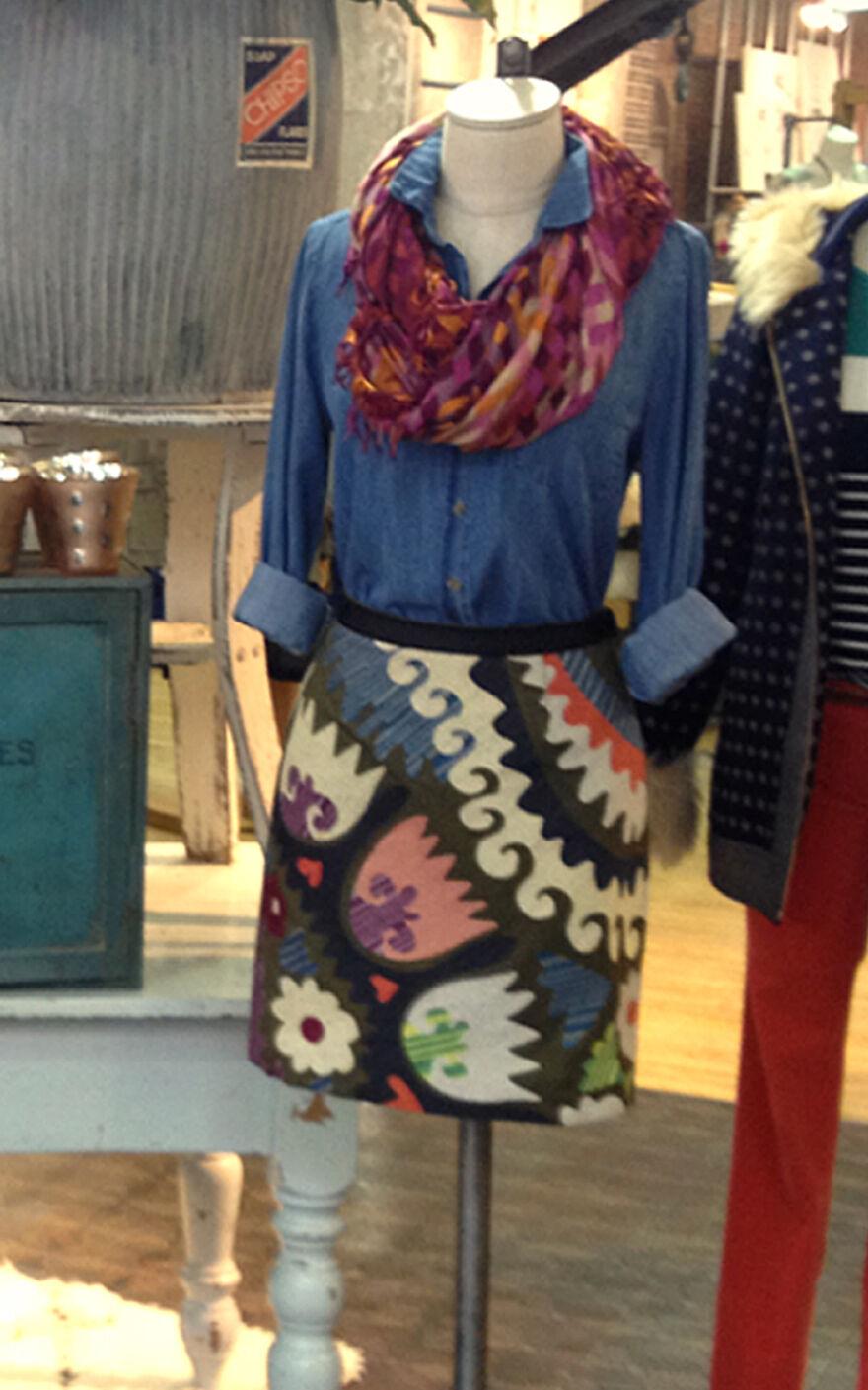 NWT Sz 4 Anthropologie Tulipa Embroidered Skirt by Vanessa Virginia 5 Rev LAST1