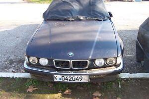 BMW 730i - V8 1994 - E32 MOTOR UND GETRIEBE GUT FRONT UND HECKSCHEIBE DEFEKT