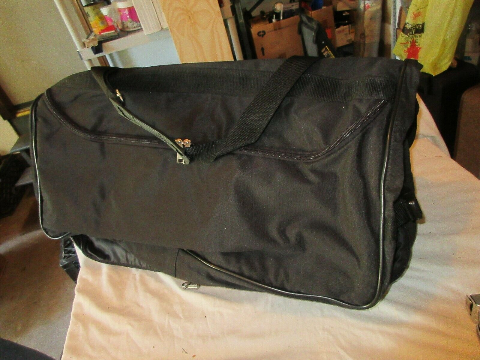 Leisure Suit , Carry On Garment Bag Luggage , Vintage ,