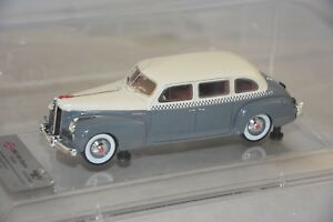 Dip Models 111103 - Jour 110 Taxi Moscou 1/43