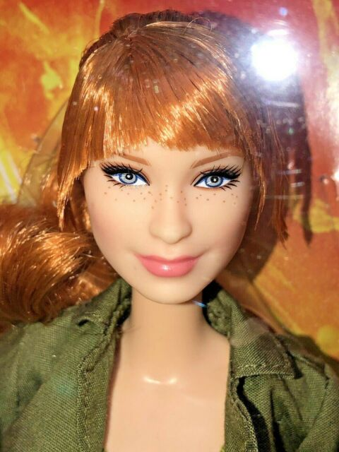 2017 Jurassic World Park Barbie Doll Claire Articulated Red Hair Freckles FJH58