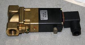 Fema-Regelgeraet-Honeywell-type-UB-13-Druck-0-13-bar-230V-Magnetventile
