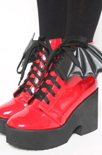 Iron Fist Fledermausflügel Stiefel Rot Lackschuhe Plateau Gothic Punk