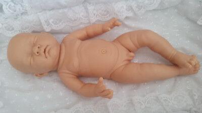 Bambola Realistica Tutti In Vinile Per Reborn, 18in Di Lunghezza Boy Corpo, Dormire Sofia Testa-mostra Il Titolo Originale