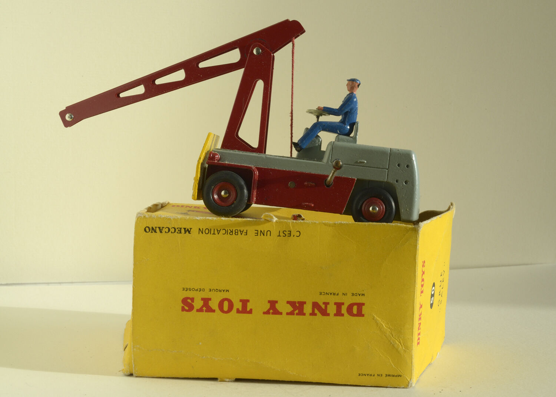 Dinky Toys original - Grue Salev 50  - TBE mais sans crochet  (boîte c)