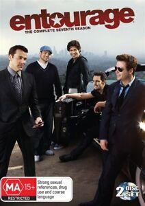 Entourage-Season-7-2-dvd-set-Sticker-marks-on-the-cover-but-the-boys-rock