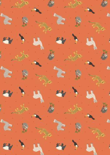 Small Things World Animals Lewis /& Irene 100/% Cotton Fabric Fat Quarter//Metre