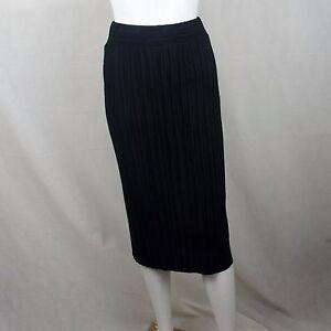 1fd9b550f Zara Women W&B Pleated Mid Length Skirt Size Small Black | eBay