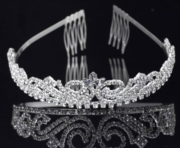 Silver Sparkling Rhinestone Tiara Crown Wedding Accessory T06