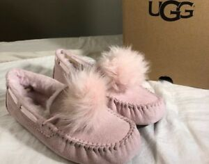 63a219374a6 Details about UGG DAKOTA POM POM 1019015 SEASHELL PINK SZ 11 NEW**  AUTHENTIC WOMAN'S SLIPPERS/