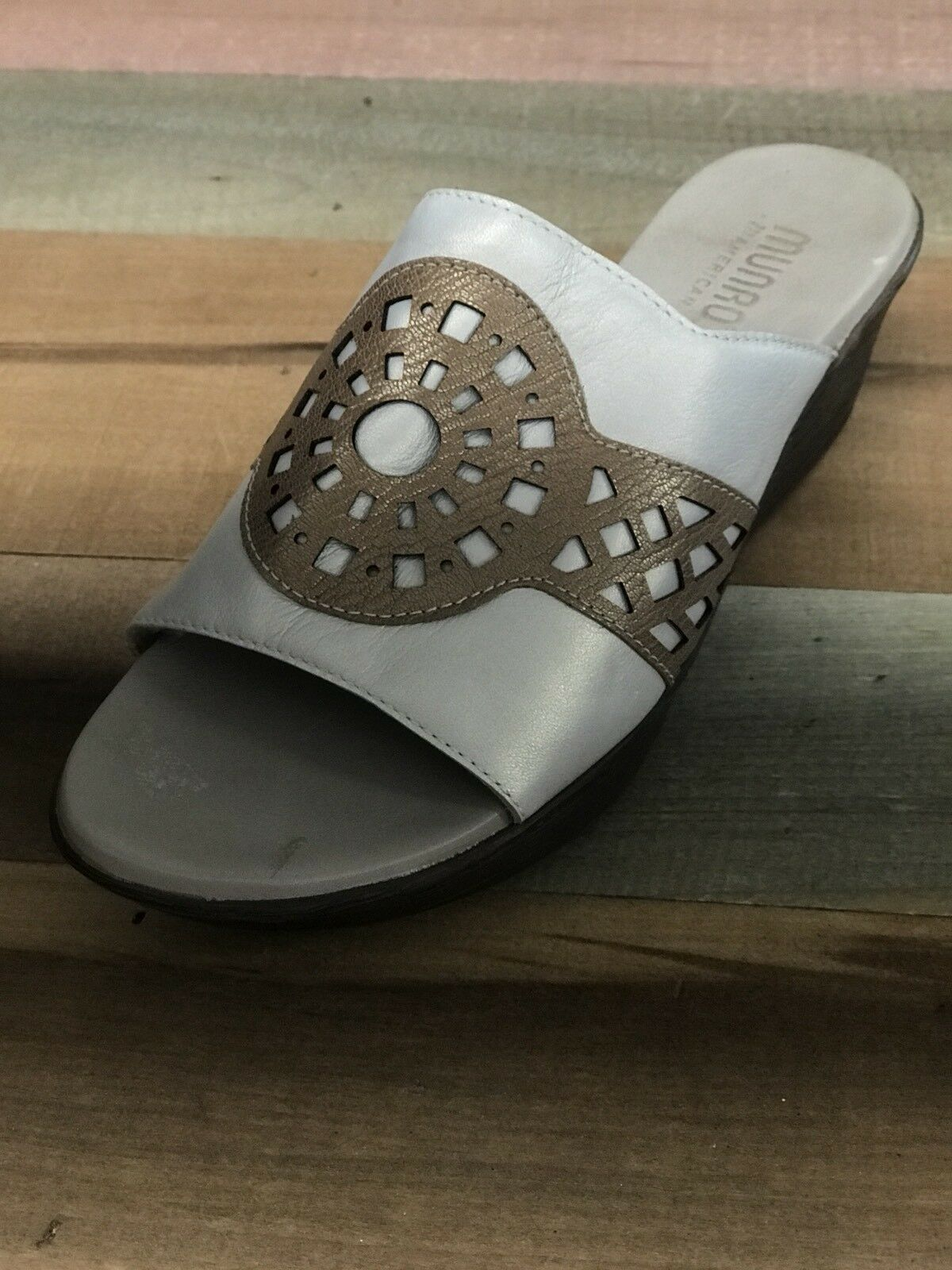 Munro American Women's Leather Wedge Sandal Size US 9.5 Made in USA