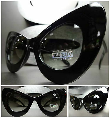 OVERSIZE EXAGGERATED VINTAGE 60's Cat Eye STYLE SUN GLASSES Large Black Frame