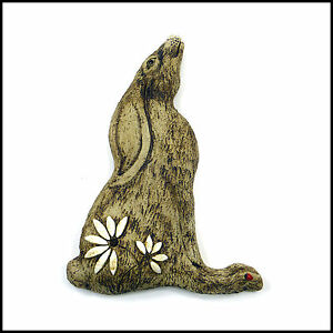 Large-Sculptural-Hare-Plaque-With-Daisies-and-Ladybird-Ears-Down-Zoo-Ceramics