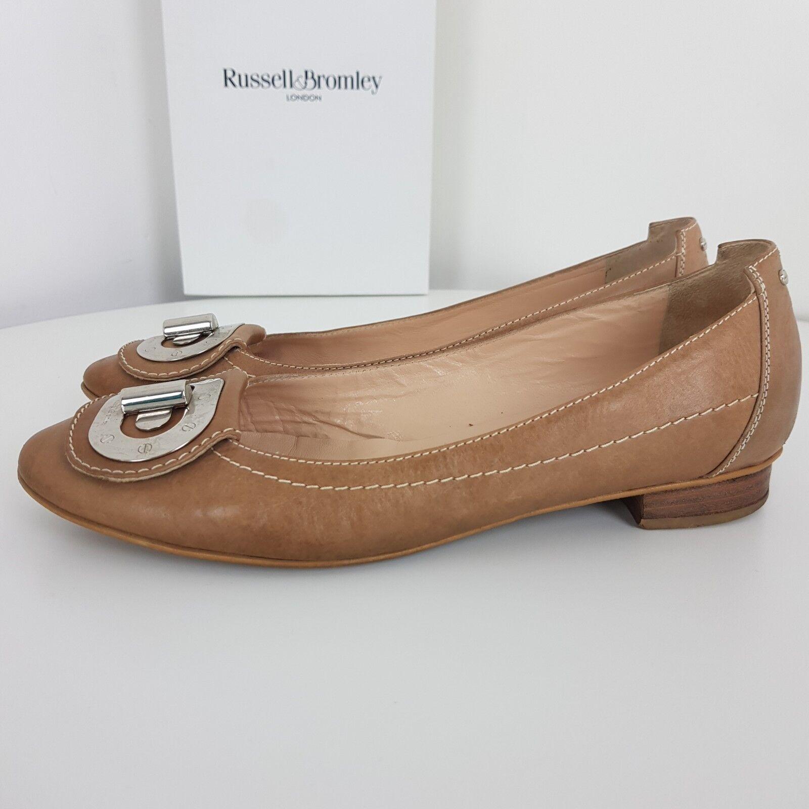 Russell Bromley Chaussures Plates en Cuir à Enfiler Ballerine Boucle Beige UK 6.5 EU 39.5