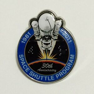 New-Nasa-Final-Space-Shuttle-Mission-Pin-Contains-Metal-Flown-on-a-Space-Shuttle