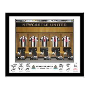 Dynamique Newcastle United F.c - Personalised Dressing Room Photo-afficher Le Titre D'origine Excellente Qualité