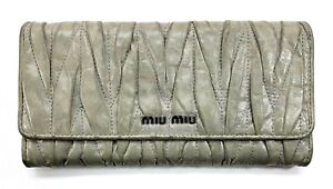 Miu-Miu-Matelasse-Textured-Grey-Long-Wallet-Used