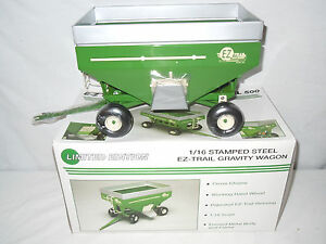 Details about EZ-Trail 500 Green Gravity Wagon Limited Edition By SpecCast  1/16th Scale !