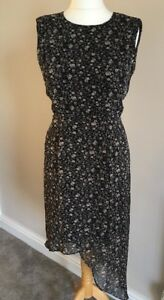 Lovely-Black-Floral-WAREHOUSE-Dress-In-Size-12