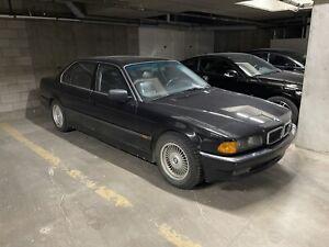 1998 BMW Série 7 750iL