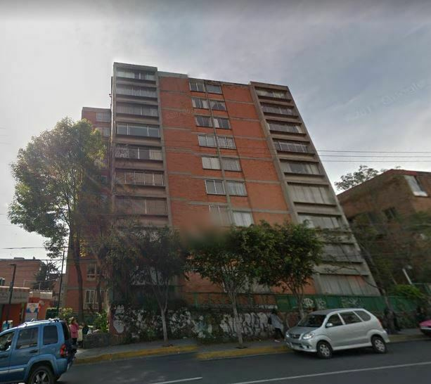 VENTA DE DEPARTAMENTO EN AV CENTENARIO 300 LOMAS DE TARANGO