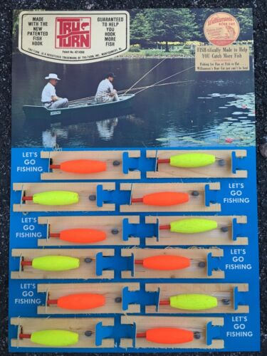 Antique Fishing Lure Lithograph Display Natural Cork Rigs Wood Spool and Pegs SC