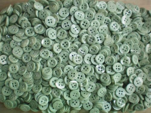 Small 11mm 18L Light Green Sage Swirl Pearlescent 4 Hole Shirt Buttons J126