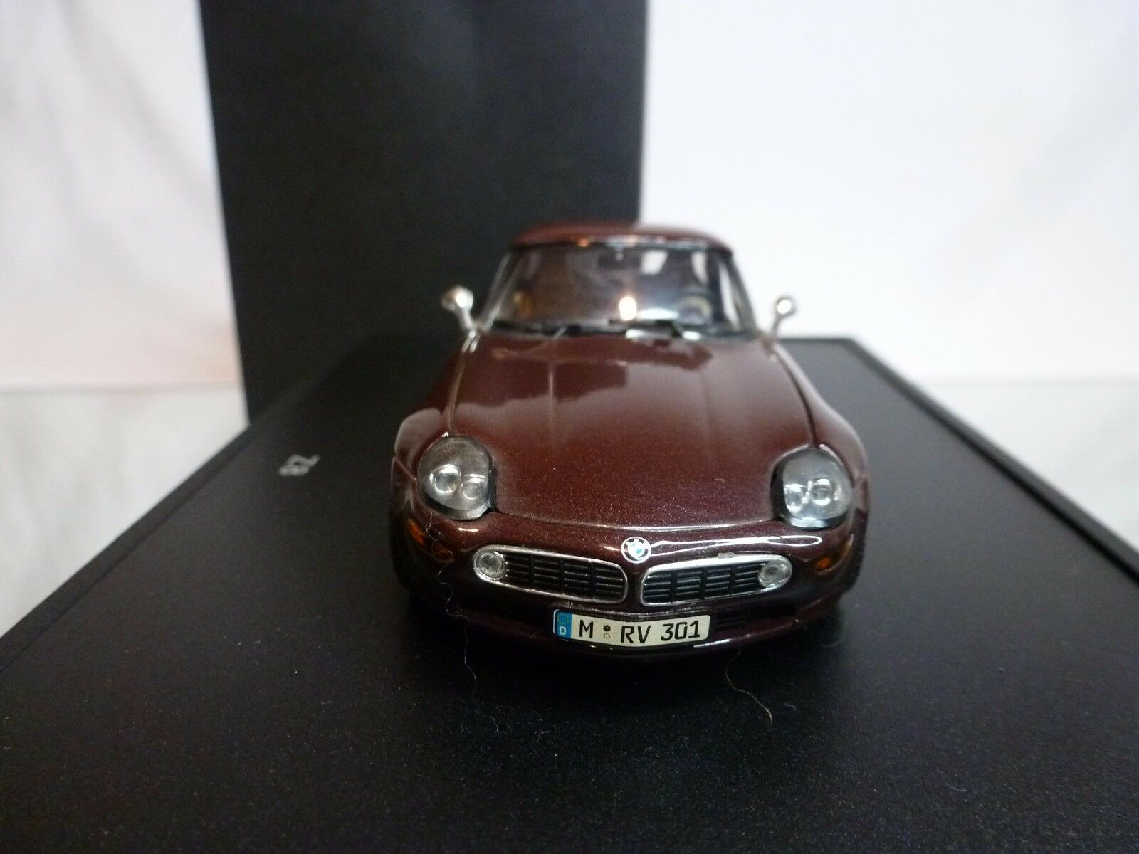 MINICHAMPS BMW Z8 - marrón METALLIC METALLIC METALLIC 1 43 - EXCELLENT CONDITION IN BOX e43f87