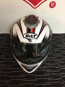 BILT FULL FACE MOTORCYCLE HELMET (LARGE)