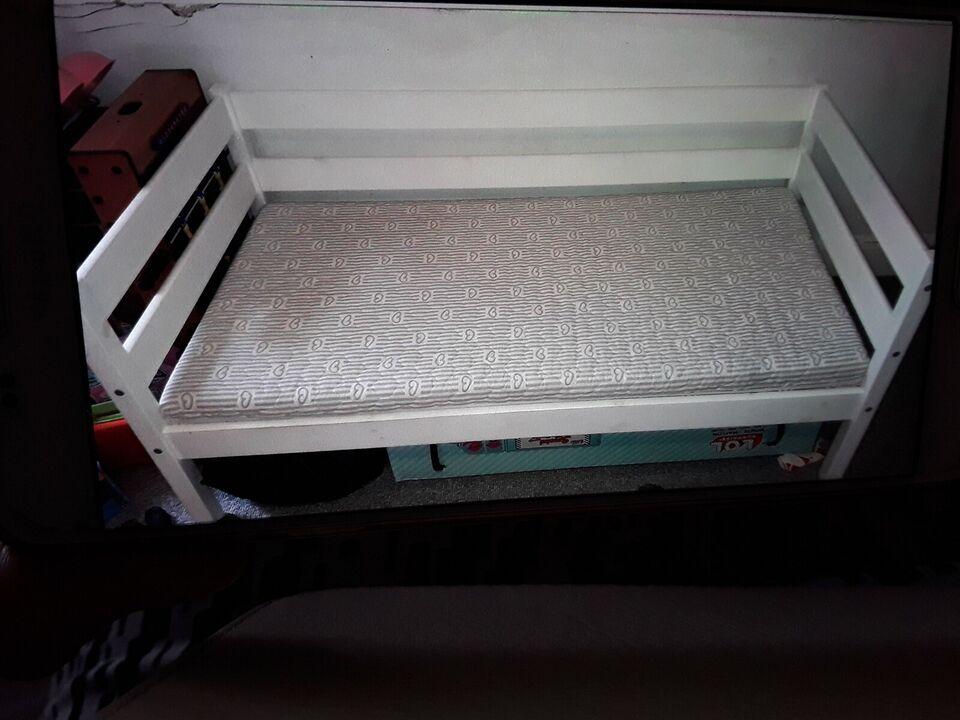 Juniorseng, Hvidmalet junior seng fra babysam