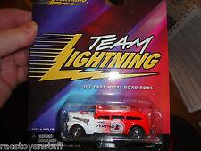 """JOHNNY LIGHTNING """"TEAM LIGHTNING""""  ALFRED HITCHCOCK VERTIGO CAR MOC  1/64 SCALE"""