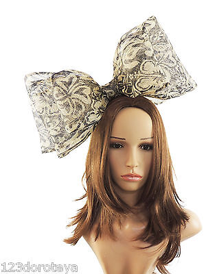 Aggressivo Nero/crema Fascinator Con Cappello Per Matrimoni/ascot/prom Campione ** Vendita **-/proms **sample Sale** It-it Mostra Il Titolo Originale
