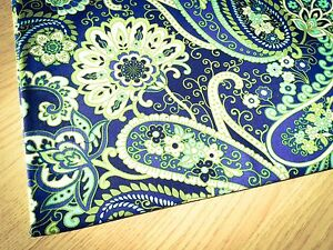 VB Rhythm and Blues Paisley 100/% Cotton Fabric Price per 1//2 metre