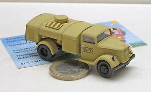 Herpa-745697-Opel-Blitz-Tankfahrzeug-034-Belgien-1944-034