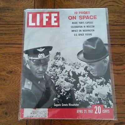 7 LIFE Magazine ~ April 21 1972 ~ Charlie Chaplin ~ Battle for Vietnam ~ Ads