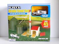 Ertl Grain Feed Set 1/64th Scale Play Set With Accessories