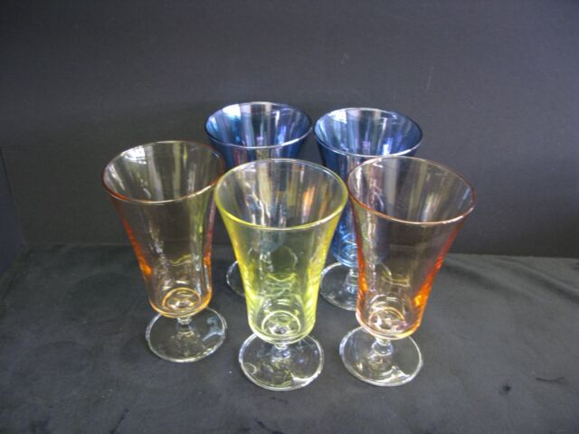 5 TRI COLOURED WINE GLASSES