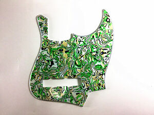 4PLY-PICKGUARD-FOR-FENDER-JAZZ-BASS-WITH-GREEN-PEARL