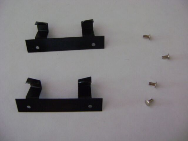 PAIR OF REAR F-3 BODY BRACKETS WITH RIVETS LIONEL PARTS 2353-22