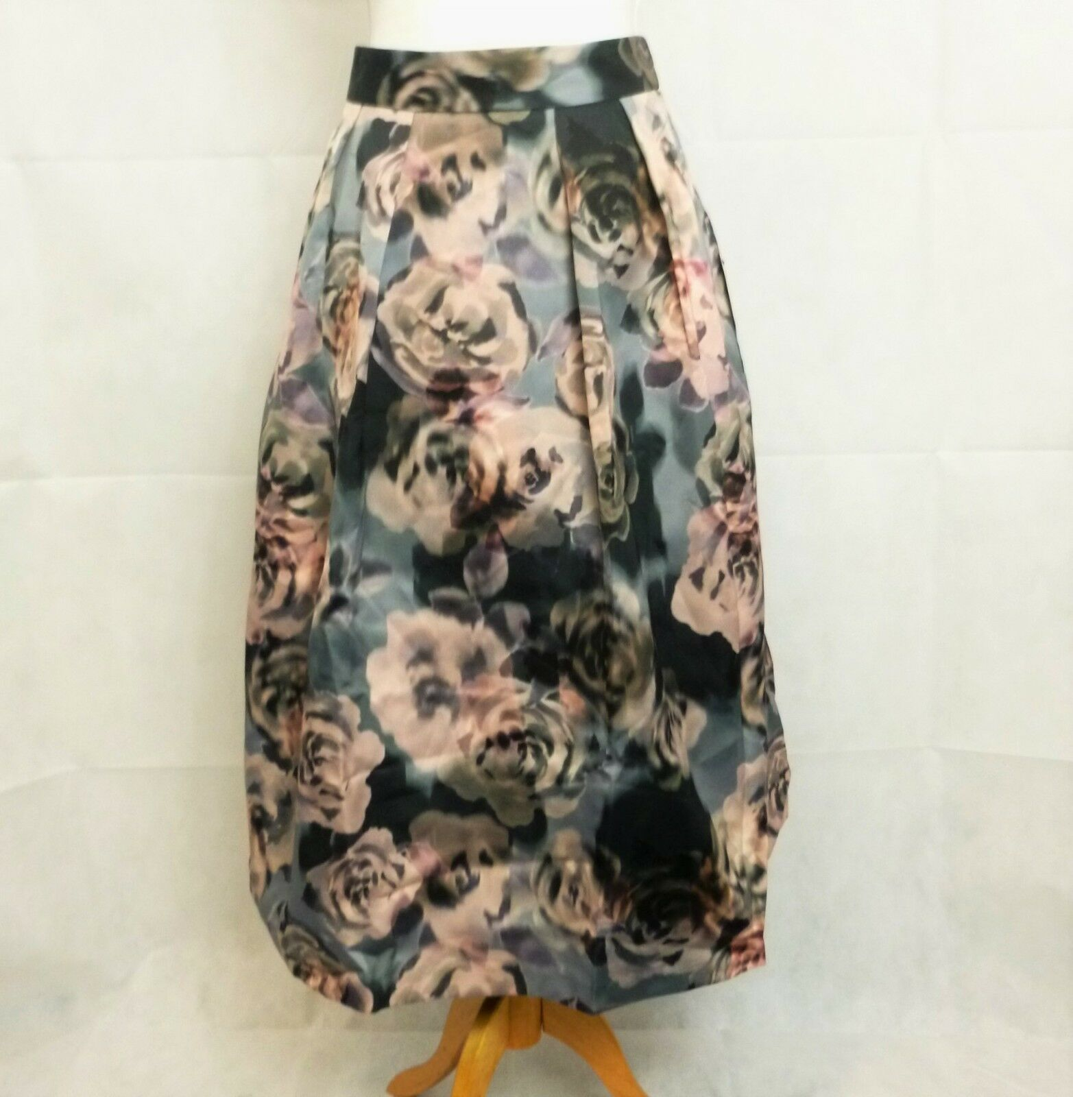 Next Delicate Nature Skirt rrp  Size 12 uk LS079 HH 03