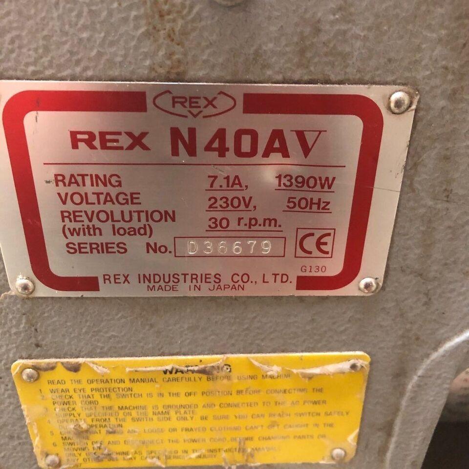 Rørgevindskærer, Rex