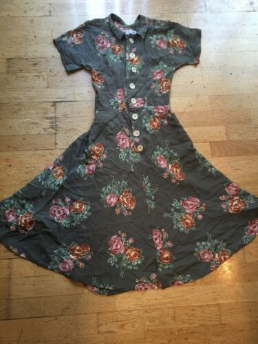 Christy Dawn Dress Size XS Limited Edition Wow!🌺