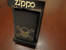 SKULL AND CROSSBONES BLACK CRACKLE ZIPPO LIGHTER MINT 1998