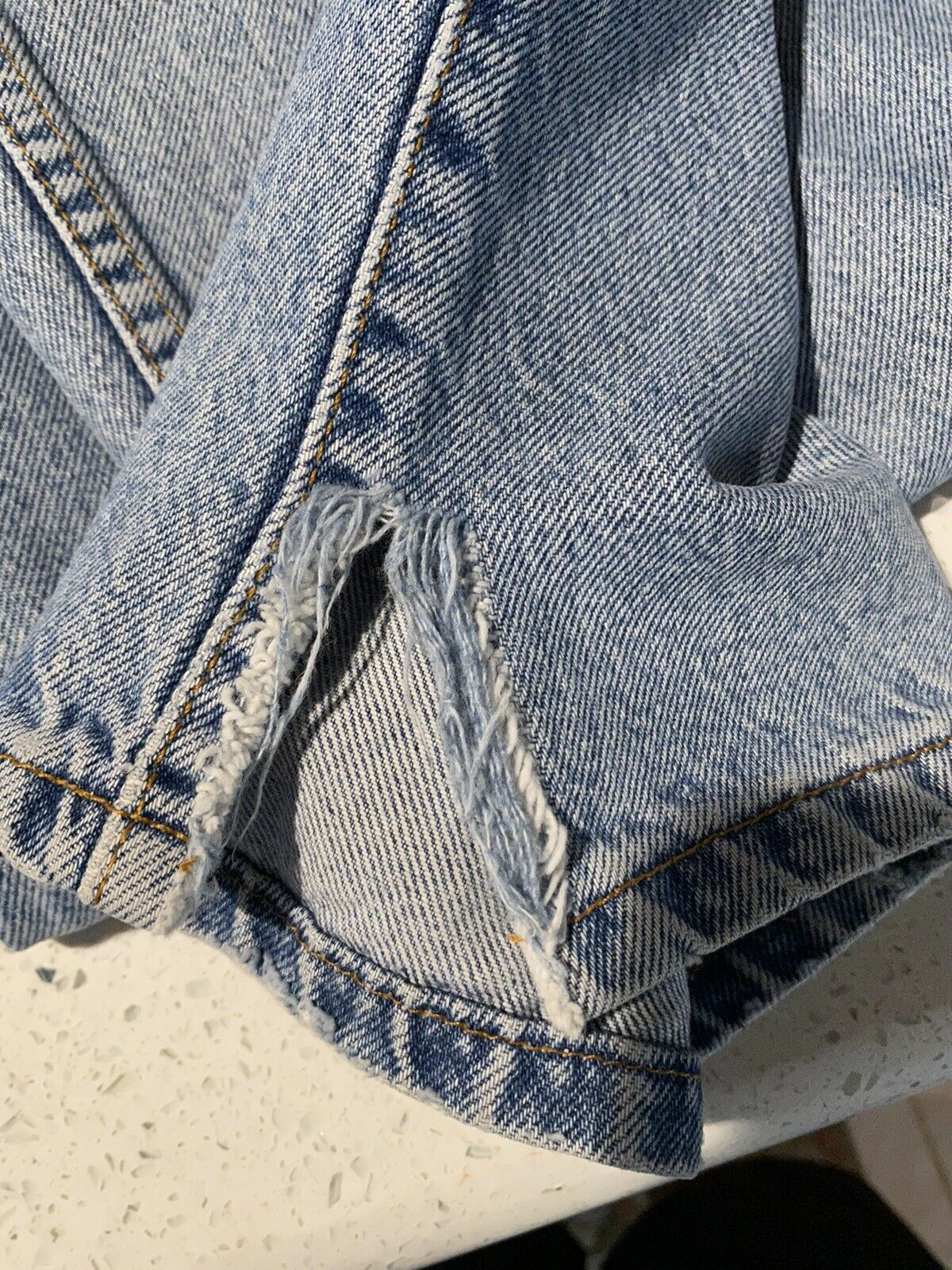 Vintage Levis (Brown Tab) Made In USA - image 9