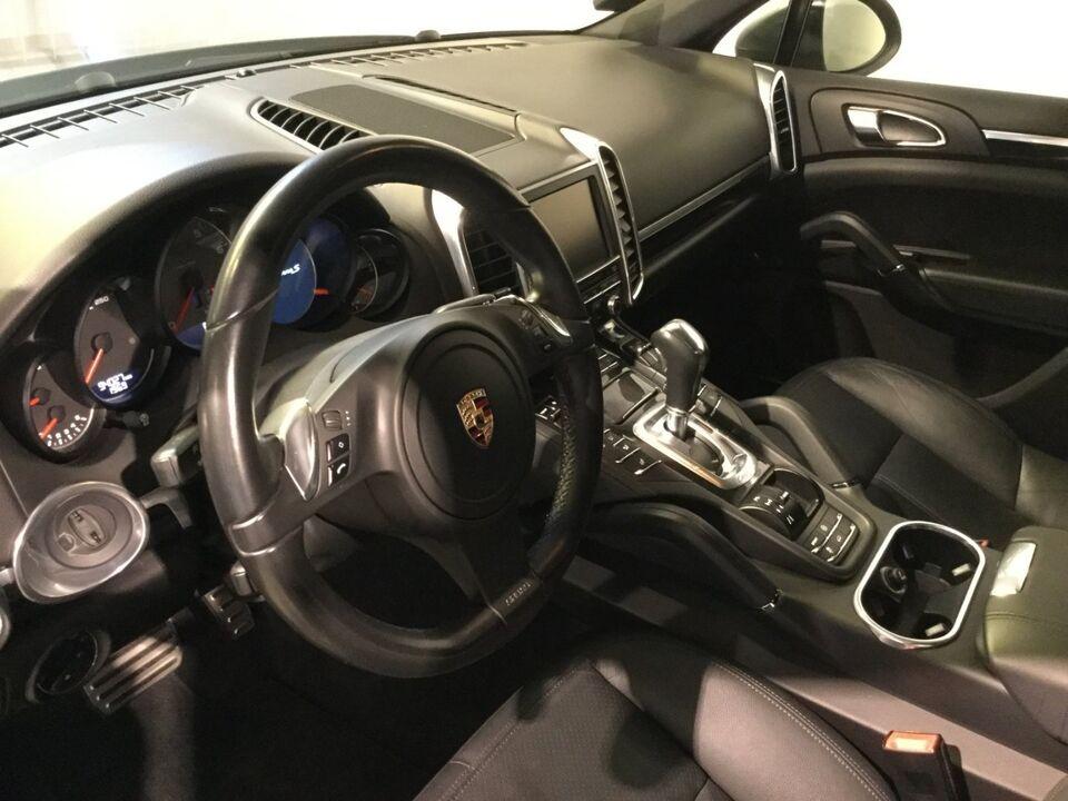 Porsche Cayenne S 4,8 Tiptr. Benzin 4x4 aut. modelår 2010 km