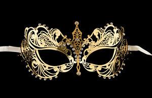 Nouvel an 2006 : Jeu de masques S-l300